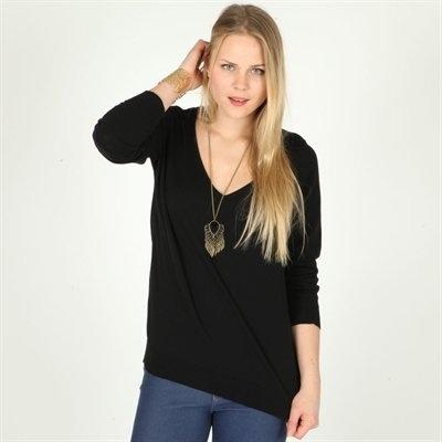Pimkie.fr : En noir, un pull chic en toutes circonstances.