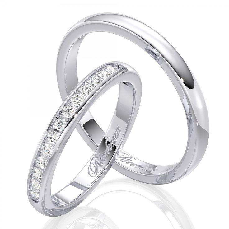 """Парные обручальные кольца из коллекции """"Light"""" – это яркие и современные модели обручальных колец, созданные для покупателей с небольшим бюджетом. Несмотря на невысокую стоимость эти кольца обладают такой же высокой надежностью и качеством, как и все другие обручальные кольца """"Ricchezza"""". Лаконичный и стильный дизайн, выверенные пропорции и безупречное исполнение."""