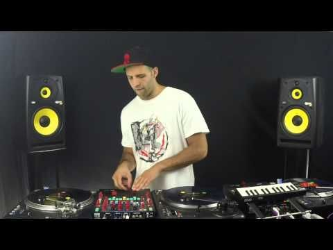This DJ Routine is Unreal «TwistedSifter