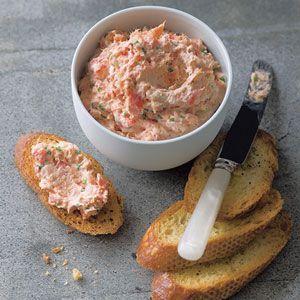 Recept Zalm Spread. Heerlijke spread voor op een broodje, sandwich, toasje of een crostini te smeren.
