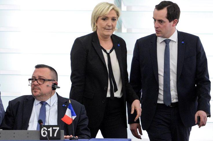 """Nicolas Bay, secrétaire général du Front national (FN), a défendu lundi la position """"gaullienne"""" de Marine Le Pen sur la responsabilité de la France dans la rafle du Vel d'Hiv en 1942, dont la reconnaissance par Jacques Chirac puis François..."""