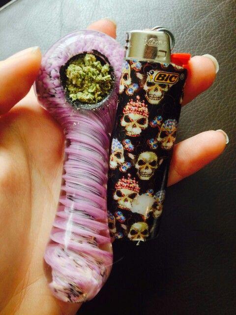 Weed bowl. Skeleton lighter.