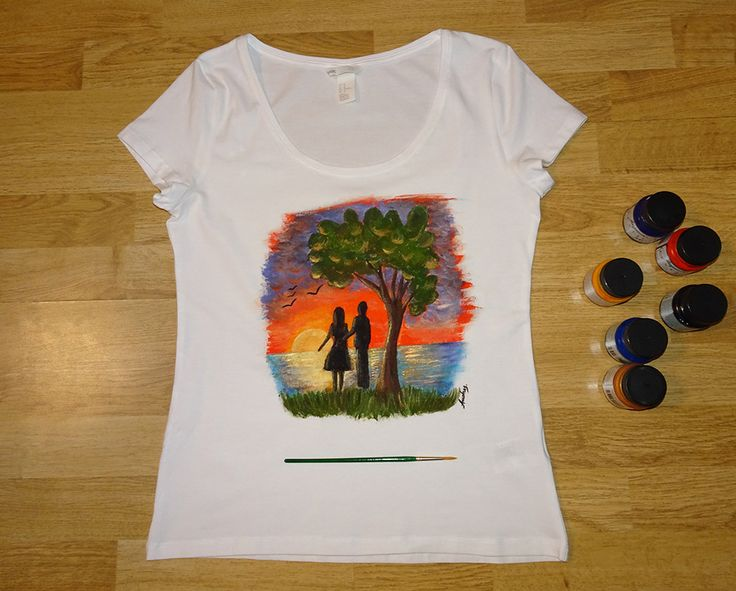 Tricou - Sunset lovers  #tricouripictate #paintedtshirts #lovers