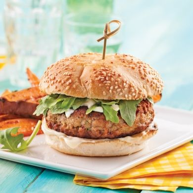 Burgers de poulet à l'estragon - Soupers de semaine - Recettes 5-15 - Recettes express 5/15 - Pratico Pratique