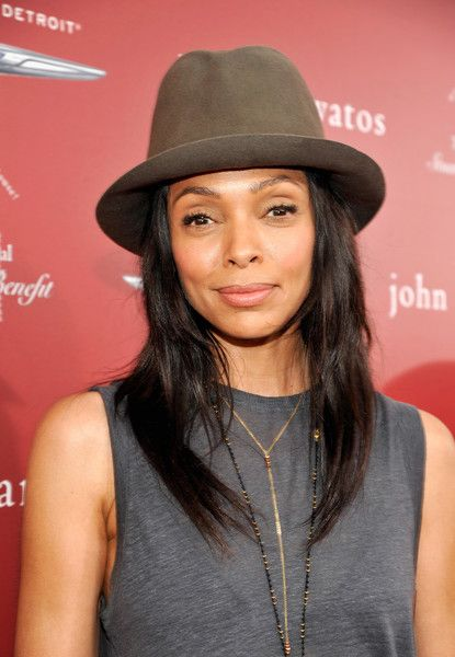 Tamara Taylor Photos Photos - Actress Tamara Taylor attends the John Varvatos 13th Annual Stuart House benefit presented by Chrysler with Kids' Tent by Hasbro Studios at John Varvatos Boutique on April 17, 2016 in West Hollywood, California. - John Varvatos 13th Annual Stuart House Benefit Presented by Chrysler With Kids' Tent by Hasbro Studios - Arrivals