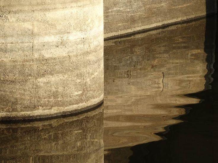 Foto: Anna Dobrowolska Fragment zapory Zalewu Mietkowskiego położonego w Masywie Ślęży, parę km od Sobótki w stronę Środy Śląskiej. Podobne