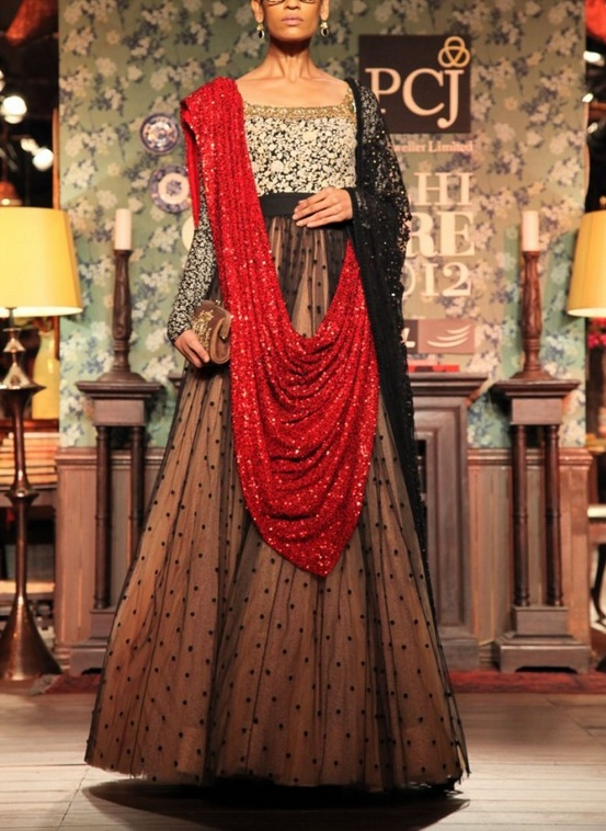 sabyasachi-delhi-couture-week-2012 www.sabyasachiandmukherjee.blogspot.co.uk