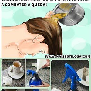 No Brasil é comum o uso de chá de camomila para clarear os cabelos de forma natural, mas o que poucas pessoas sabem, é que em alguns pa...