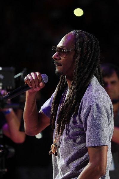 Recording Artist Snoop Dogg performs during week eight of the BIG3 three on three basketball league at Staples Center on August 13, 2017 in Los Angeles, California. - Snoop Dogg Photos - 101 of 3904