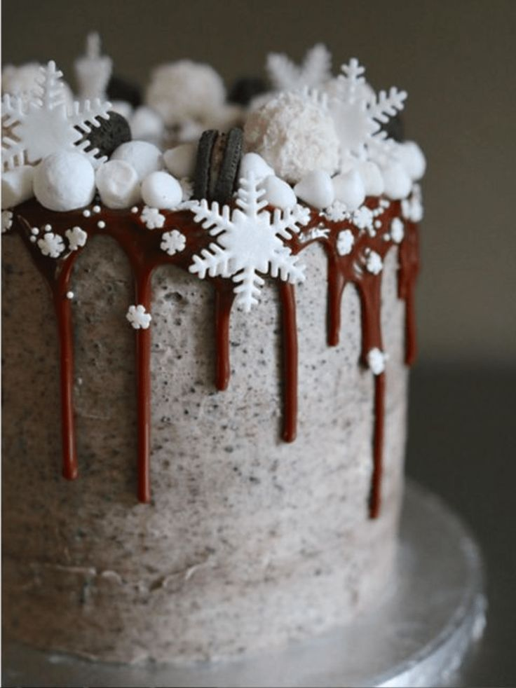 Drip cake oreo