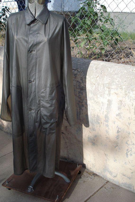 Vintage 1970s Mens Raincoat Mens Gray Vinyl Large Mens 44