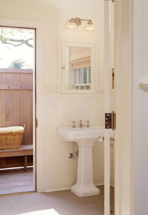 17 best images about beach lake cottage bathroom ideas on for Lake cottage bathroom ideas