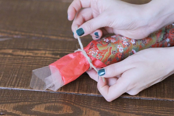 Christmas Crackers - How To Make Party Noisemakers