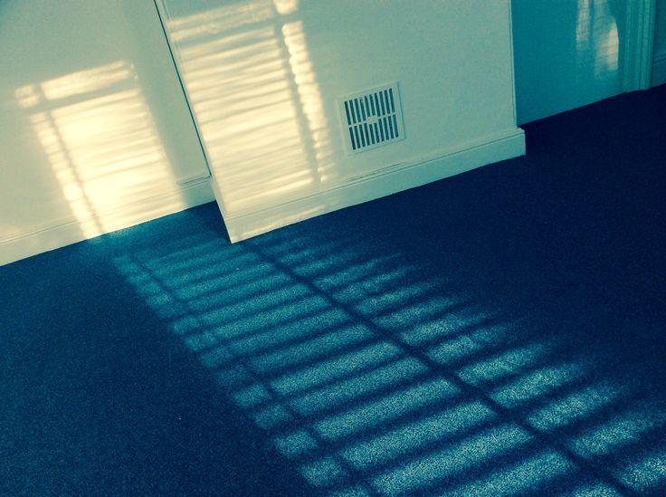Diagonal lines shadows blinds