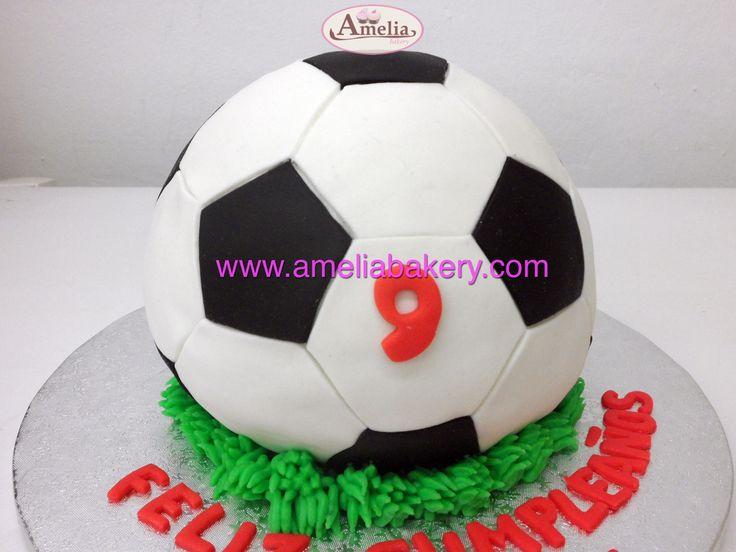 Tarta Balon futbol #tartas #tartasfondant #fondant #personalizadas #pasteles #ameliabakery #infantiles #balon #pelota #futbol