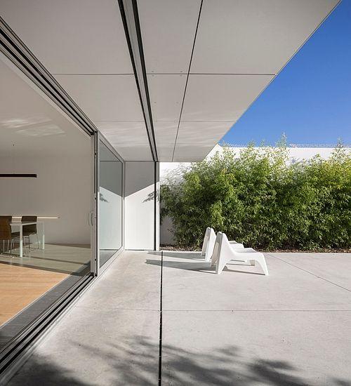 Parede 11 by Humberto Conde Arquitectos