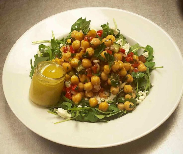 Chickpea and Arugula Salad with our Homemade Lemon Vinaigrette