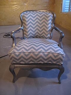 upulstory chairUpulstori Chairs, Diy Products, Chairs Wait, Chevron Chairs, Projects Ideas, Reupholster Chairs, Sewing Clothing Projects, Little Miss, Pennies Wennie