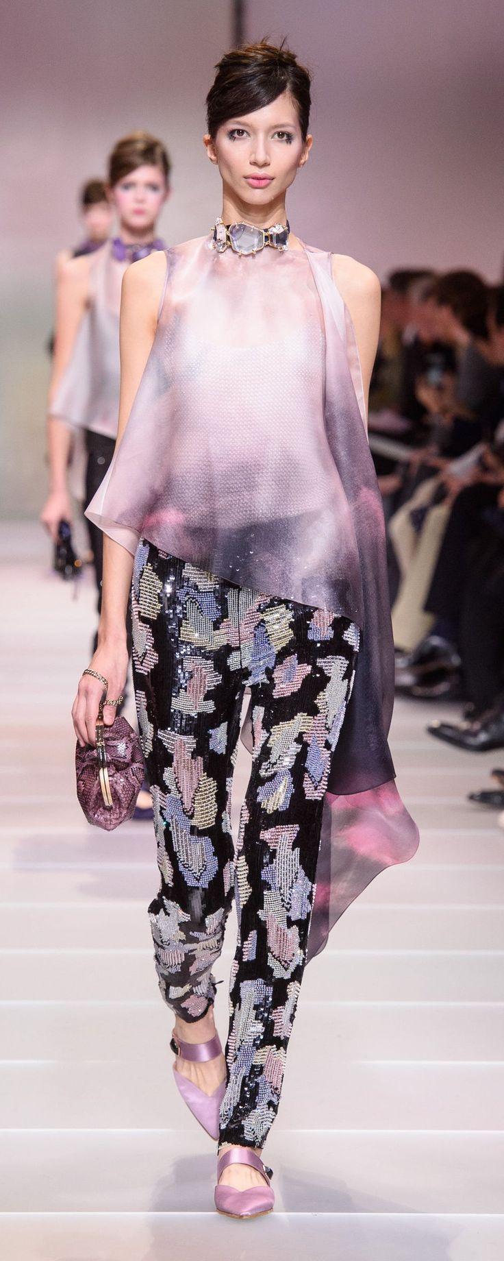 Giorgio Armani Privé Spring-summer 2018 - Couture - http://www.orientpalms.com/Giorgio-Armani-Prive-7026 - ©ImaxTree