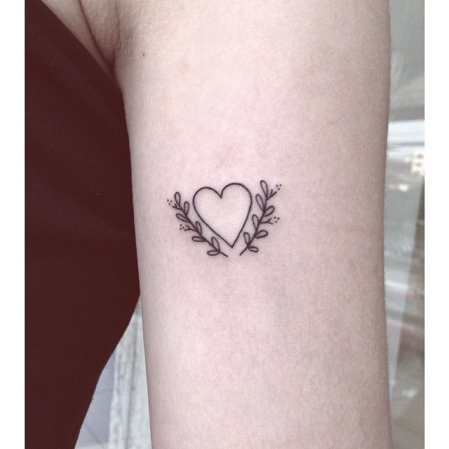 minimalist tattoo - Buscar con Google