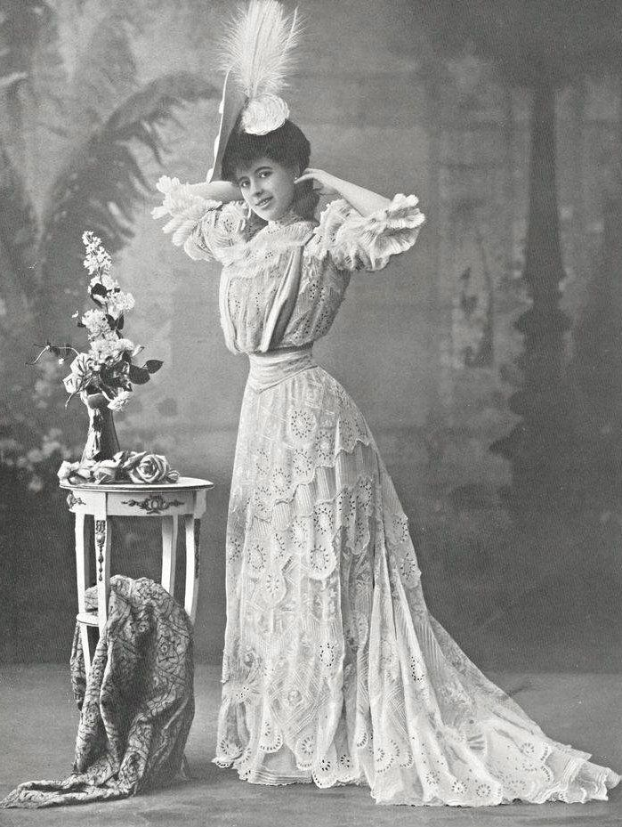 edwardian garden party essay Edwardian culture: beyond the garden party is the first truly interdisciplinary  collection of essays dealing with culture in britain c1895-1914 bringing together .