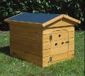 Heavy Duty Timber Kennel  www.dogfooddirect.ie