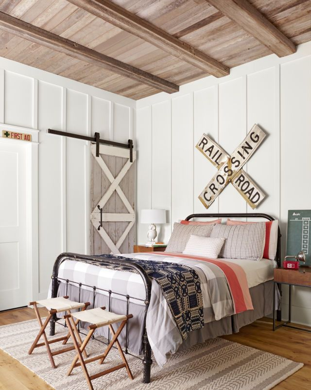 awesome Step Inside One of the Prettiest Country Farmhouses We've Ever Seen by http://www.besthomedecorpics.us/boy-bedrooms/step-inside-one-of-the-prettiest-country-farmhouses-weve-ever-seen/