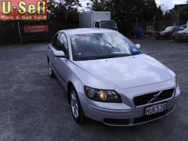 2005 Volvo S40 2.4i for sale | $6,990 | U-Sell | Park & Sell Yard | Used Cars | 797 Te Rapa Rd, Hamilton, New Zealand