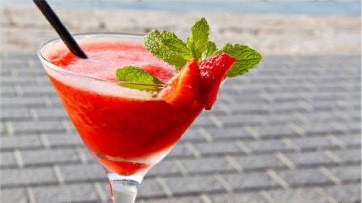 Erdbeer-Daiquiri Rezept - [ESSEN UND TRINKEN]