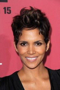 halle berry's sister | Halle Berry, 46, and her fiancé, Olivier Martinez, 47, are expecting ...
