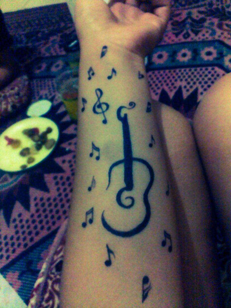 gitar ve notalar