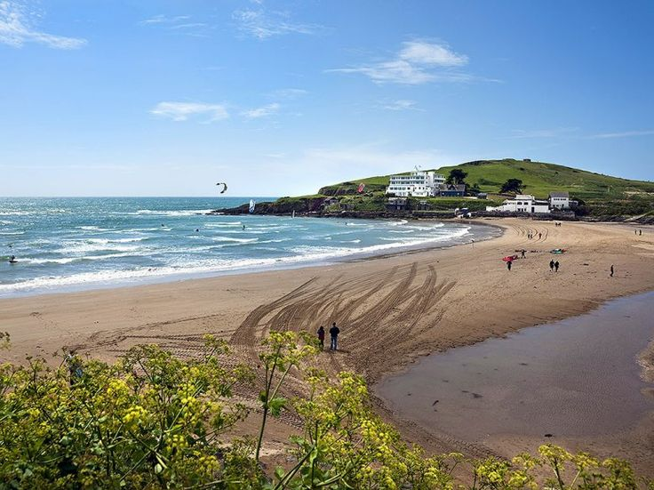 BURGH ISLAND  The 1930s England of Noël Coward and Agatha Christie lives on almost unchanged on Burgh, a tidal island a quarter of a mile o...