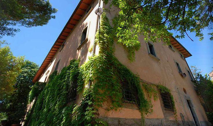 Pi di 25 fantastiche idee su soffitti con travi a vista for Piani di casa bungalow d epoca