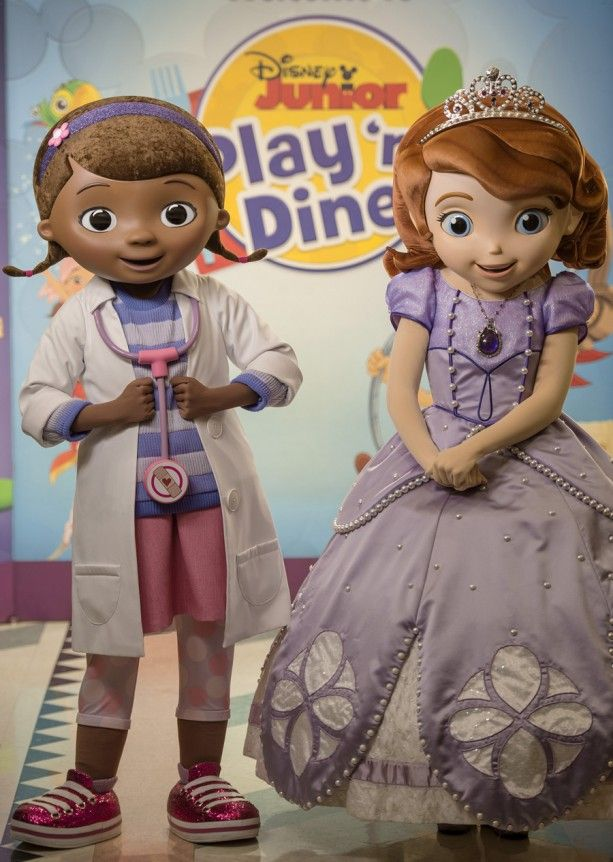"Two of the biggest stars from Disney Junior, Doc McStuffins & Sofia from ""Sofia the First,"" have joined the cast of Disney Junior Play 'n Dine at Hollywood & Vine."