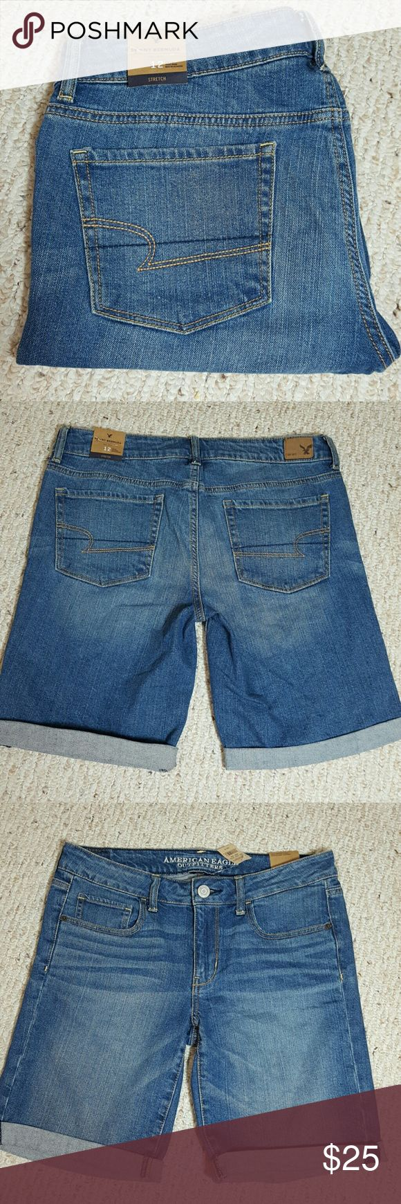 """New American Eagle Outfitters Shorts NWT  Skinny Bermuda  99% Cotton  1% Elastan  Approximately  11"""" inseam, uncuffed, unaltered  9"""" Rise  17"""" waist  No trades Please  No modeling American Eagle Outfitters Shorts Jean Shorts"""