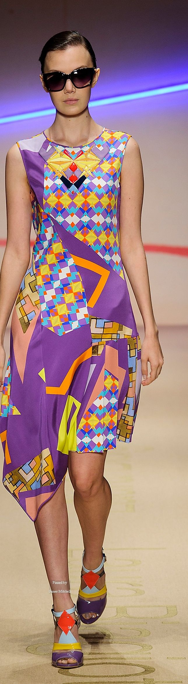 Laura Biagiotti Spring Summer 2015 Ready-To-Wear collection. V
