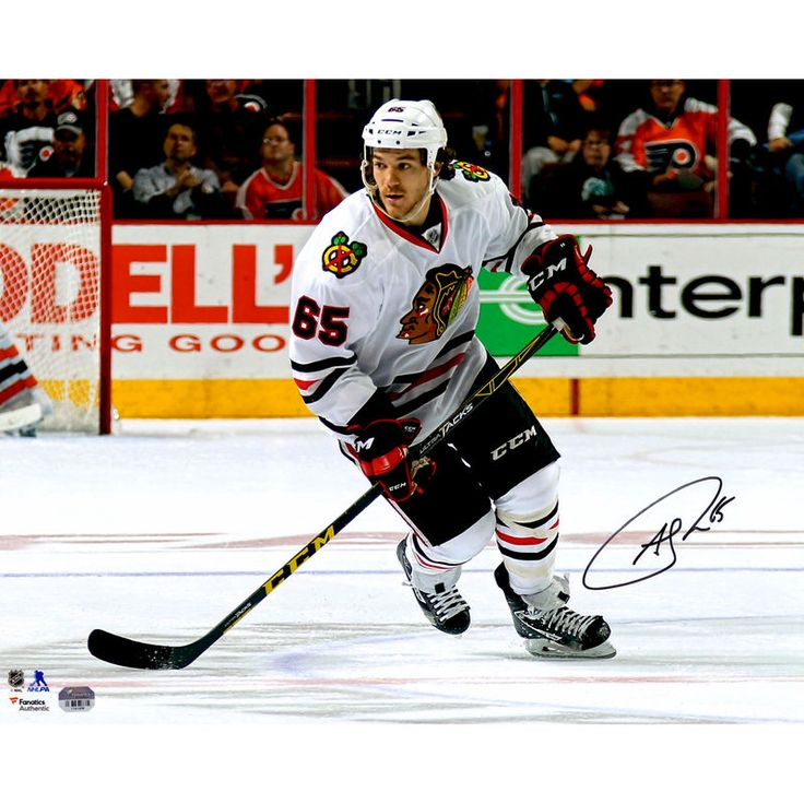 "Andrew Shaw Chicago Blackhawks Fanatics Authentic Autographed 16"" x 20"" White Jersey Skating Photograph"