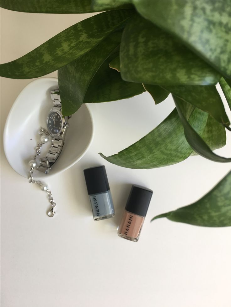 My two absolutely favourite autumnal nail polish shades in Pale Grey Eyes a bluey grey and No Surprises a perfect browny nude from @hanami_cosmetics, both instore now👏🏻