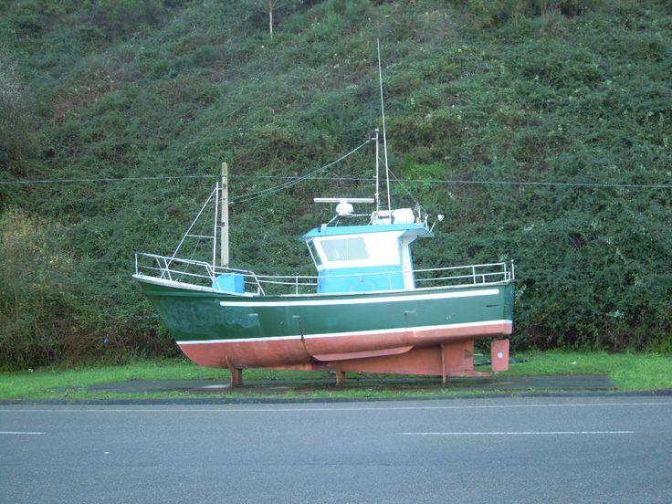 Barco a la entrada de Cudillero. Asturias