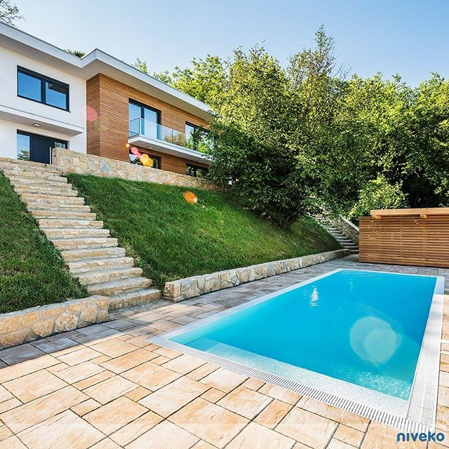 Sunny Morning at the pool side… #lifestyle #design #health #summer #relaxation #architecture #pooldesign #gardendesign #pool #swimmingpool #pools #swimmingpools #niveko #nivekopools #nivekoplus