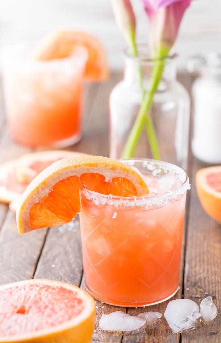Grapefruit Salty Dog Cocktails...MY FAVORITE SUMMER DRINK! Grapefruit, vodka, and sea salt...THE BEST flavor combo, so refreshing! (Greyhound with salted rim)