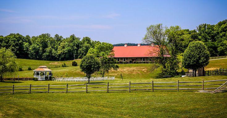 Twin Cedar Farm Knoxville Outdoor Wedding Venues | Maryville Carriage Weddings