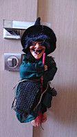 Баба-яга декоративная высота 30 см Подробнее: https://top-podarok.com.ua/p47394742-baba-yaga-dekorativnaya.html