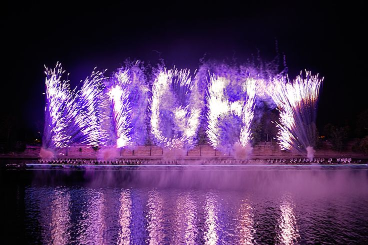 Cai Guo-Qiang's One Night Stand: An Explosion Event for Nuit ...