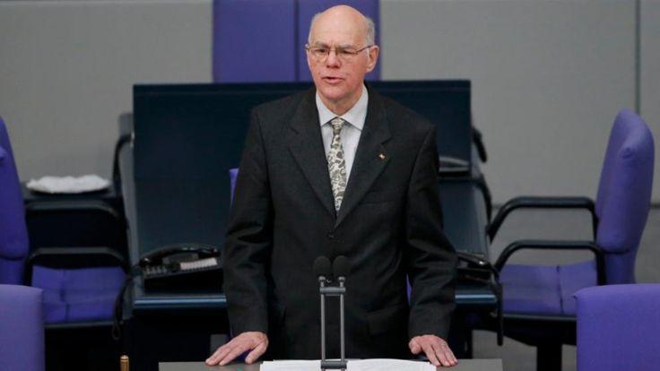 Riesen-Bundestag nach der Wahl 2017?   Lammert will Anzahl der Sitze per Gesetz begrenzen - Politik Inland - Bild.de