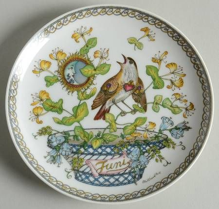 """Hutschenreuther Plates of the Month - Bb Size - """"June:"""" Nightingale - Artist: Ole Winther"""