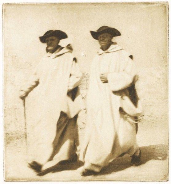 Troisième Exposition d'Art Photographique - 1896.  Photographer: James Craig Annan Title: Les frères Blancs