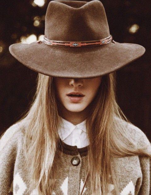 Inspiration, Fashion Models, Hats Passion, Winter Style, Accessories,  Ten-Gallon Hats, Cowboy Hats, Indiana Jones, Winter Hats