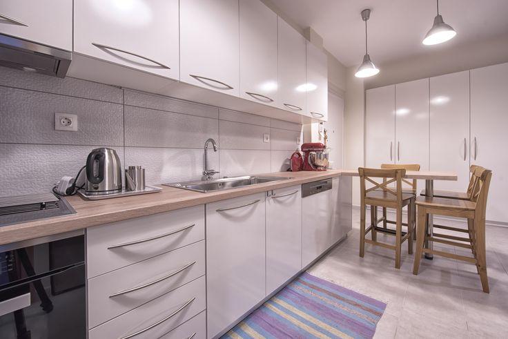 Ανακαίνιση διαμερίσματος 60τμ στην Ηλιούπολη. Άποψη της κουζίνας.