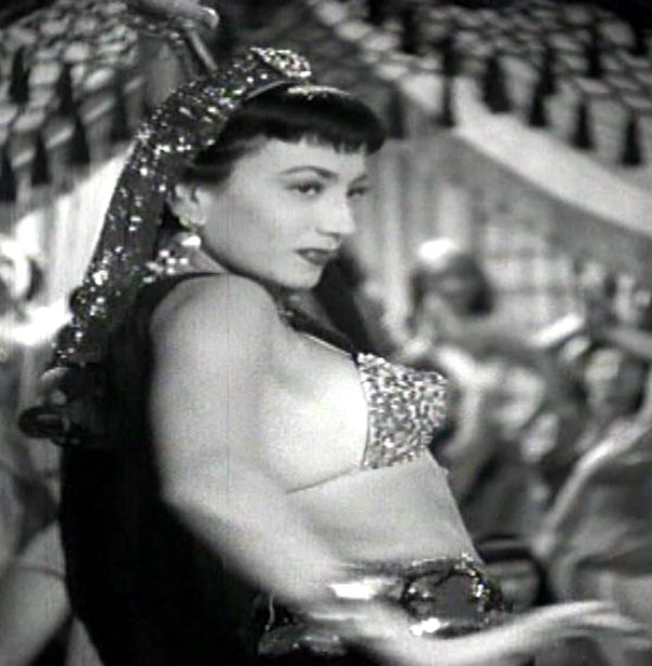 "Revue star Kiki Urbani in the harem sequence in Mario Mattoli's ""Totò sceicco"" (Italian title: ""Totò Sheik"", 1950)."